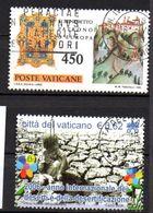 Lot De 2 Timbres N°693-1423  - Oblitérés  -divers    - Vatican - Vatican