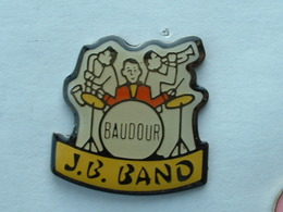Pin'S J.B BAND - BAUDOUR - Musique