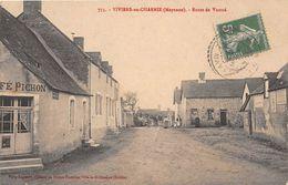 VIVIERS EN CHARNIE - Route De Voutré - Café Pichon - Frankreich