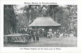 Missions Maristes De Nouvelle Calédonie - Villages éloignés En Brousse, Des Cases Pour La Prière (le Faré) - Nouvelle-Calédonie