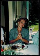 Photo 12.5 X 9 - Femme Pin Up à Table --- Del526 - Pin-ups