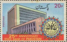 PAKISTAN MNH (**) STAMPS (  The 25th Anniversary Of State Bank Of Pakistan -1973) - Pakistan