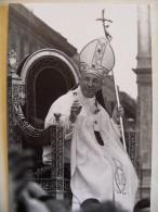 Lot De 10 Photos - SYGMA - Le Pape J.P.  1er Et Le Pape  J.P. II- 1978 - Célébrités