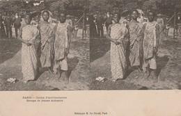 Paris : JARDIN D'ACCLIMATATION : Groupe De Jeunes Achantis ( Carte Stéréoscopique ) - Parks, Gardens