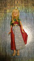 Poupée De Collection Authentique Année 30 40 50 - Vêtement / Costume Traditionnel - Femme Coiffe Dentelle - Yeux Mobile - Dolls
