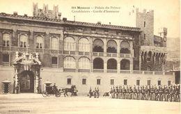 Monaco - Palais Du Prince - Carabiniers - Garde D'honneur - Giletta Nº 804 - 4519 - Palacio Del Príncipe