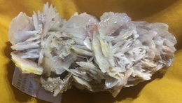 C4 - 4 Barytine Vltène Morvan - Minerals