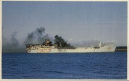 GUERRE DES MALOUINES - Angleterre - Argentine - Série War In The South Atlantic - Torpillage Bateau De Guerre - Militaria