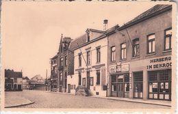 Ruisbroek Gemeentehuis - Sint-Pieters-Leeuw