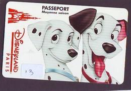 Disney PASSE-PARTOUT * Passeport Entreecard FRANCE * PARIS DISNEYLAND (13) PASSPORT * PASS * DALMATIANS - Disney