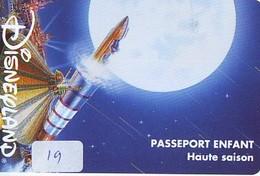 Disney PASSE-PARTOUT * Passeport Entreecard FRANCE * PARIS EURODISNEYLAND (19) PASSPORT * PASS - Disney