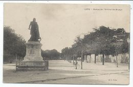 Uzes Statue De L'amiral De Bruyes,vue Avec Enfant - Uzès