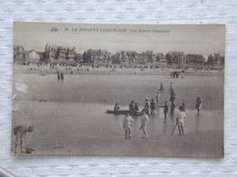 LE TOUQUET PARIS-PLAGE - Les Jeunes Canotiers  - CPA - Carte Postale - Le Touquet