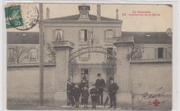 LA VARENNE. Orphelina De La Seine - France