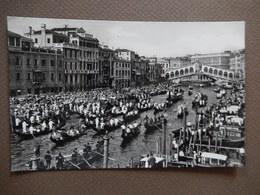 CPA VENEZIA - REGATA STORICA - CAMPING VENEZIA - BROMOSTAMPA - TIMBREE 1961 -  PHOTO VERITABLE - R12298 - Venezia