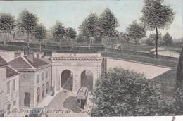 Besançon. La Porte De Battant. Tramway. - Besancon