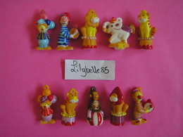 Série Complète De 10 Fèves En Porcelaine - MOBILES DE BOIS 2008 ( Feve Miniature CIRQUE ) - Charms