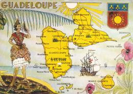 Contour Géographique Illustrée - Guadeloupe - Blason, Caravelle, Guadeloupéenne - Circ 1985, Restes Collage Au Verso - Cartes Géographiques