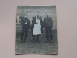 Soldiers / Soldaten / Soldat ( > Luttich / Bois De Bresse ?? Lejeune ) Anno 19?? ( +/- 11 X 9 Cm. / Zie Foto's ) ! - Guerre, Militaire