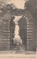 76 - DAUBEUF  - Entrée Du Chateau De Daubeuf - Otros Municipios