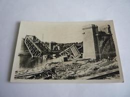 78 - YVELINES - CONFLANS-FIN D'OISE : JUIN 1940 ? - CARTE-PHOTO - LE PONT EIFFEL - BOMBARDEMENT - Conflans Saint Honorine