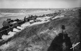 Courseulles Sur Mer (14) - Ruines Des Défenses Ennemies - France