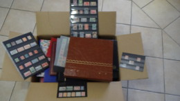 Carton 28kg : Mouchons 124 à 128 ** + Timbres France ** + Collection Parfums + Bcp Albums ... Voir Commentaires !!! - Timbres