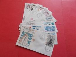 TERRES AUSTRALE 1 Lot D'enveloppes 1er Jours De L' Année 1985 - Stamps
