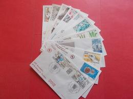 TERRES AUSTRALE 1 Lot D'enveloppes 1er Jours De L' Année 1986 - Stamps