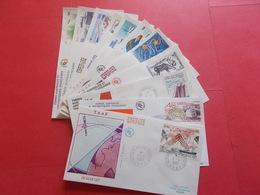 TERRES AUSTRALE 1 Lot D'enveloppes 1er Jours De L' Année 1987 - Stamps