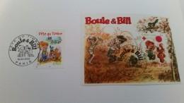 Bloc Boule Et Bill Fête Du Timbre 2002 Oblitéré 1 Er Jour Paris 16 Mars 2002 Collé Sur Bristol Avec Timbre De Feuille - Blocs & Feuillets