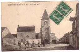 PLESSIS-L'EVEQUE - Place De La Mairie Et Ecole Communale - France