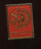 Pin's - Timbres YVERT ET TELLIER Cataloque Timbre - Other