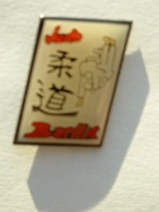 PIN'S JUDO - BARLIN - Judo