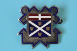 Insigne De Marine Du Croiseur Suffren (1930-1963) Par Arthus Bertrand - Militari