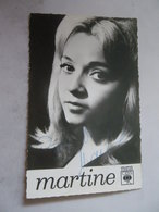 Carte Photo CBS Chanteuse Sixties MARTINE Autographe De L'artiste - Autographes
