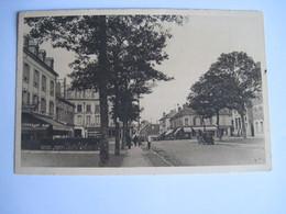 CPA 60 CHANTILLY Avenue Du Maréchal-Joffre Et Rue Du Parc  1939 T.B.E. - Chantilly