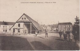 CPA Chaumont-Porcien - Place De La Halle (avec Animation : Enfant Sur échasses) - France