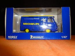"Fourgon - Peugeot J7 ""X"" Michelin - Norev 1/43 - Norev"