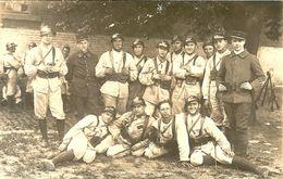 PHOTO GROUPE DE SOLDATS CHASSEURS A PIEDS COR DE CHASSE RF 2 ET 25 - 1914-18