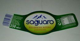 Etiquette L'eau Minerale Saguaro. Portugal - Etiquettes