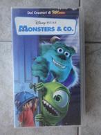 Monsters & Co. - VHS - Disney Pixar - Cartoons