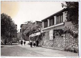 St-Jeannet - L'Entrée Du Village. Place De Ste. Barbe - Autres Communes