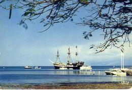 Haiti - Port Au Prince - Vu Sur La Rade Depart Des Vedettes Pour Visite Des Fonds Sous Marins - Formato Grande Non Viagg - Cartoline