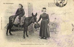 En Auvergne Paysanne Endimanchée De Rendant à La Ville Collection Gély Salers Recto Verso - France