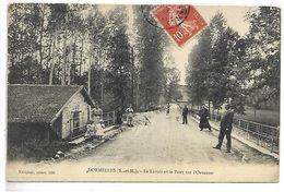 DORMELLES - Le Lavoir Et Le Pont Sur L'Orvanne - Non Classés