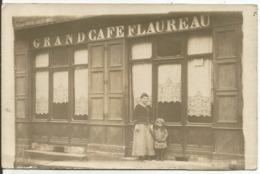St ANGEAU...CANTAL....CARTE -PHOTO....Grand Café FLAUREAU......propriétaire Et Enfant  En Facade...en 1936 - France