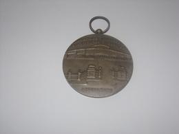 Médaille Concours De Bétail De Boucherie.Abattoirs Et Marchés à Anderlecht Bruxelles. - Professionals / Firms