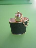 MINIATURE PETIT FLACON DE PARFUM POUR LE SAC MÉTAL - Vintage Miniatures (until 1960)