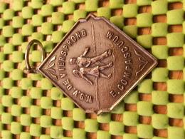 Medaille  / Medal - De Viersprong - E. Compascium 5E Hermes   / Walking  / Marche Pour L'Association   - The Netherlands - Netherland
